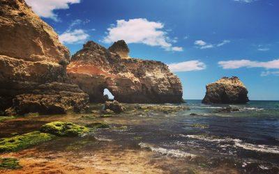 Planowanie wakacji – jak co roku zołówkiem wręku ispojrzeniem nabudżet